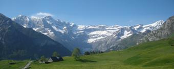 les pyrenees montagne